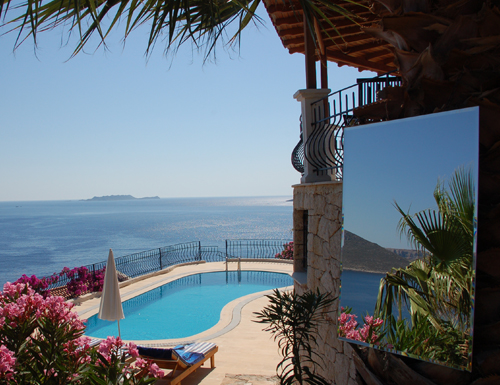 Photo: Pool and Garden of Villa Yakomoz, rental seafront Holiday Home with Pool for 2-4 people in Kas (Province Antalya) at the Lycian Coast of Turkey