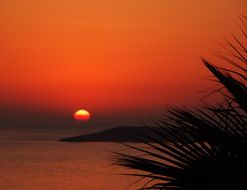 Photo: Romantique Sunset at Contact Villa Yakomoz, rental seafront Holiday Home with Pool in Kas (Province Antalya) at the Lycian Coast of Turkey. Dream destination for your Honeymoon